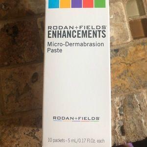 Rodan and Fields microdermabrasion paste packs!